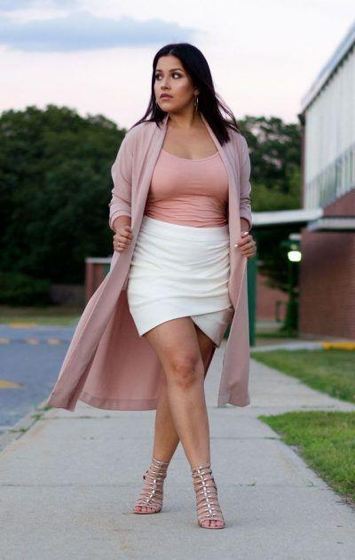 Outfits con falda para chicas plus size