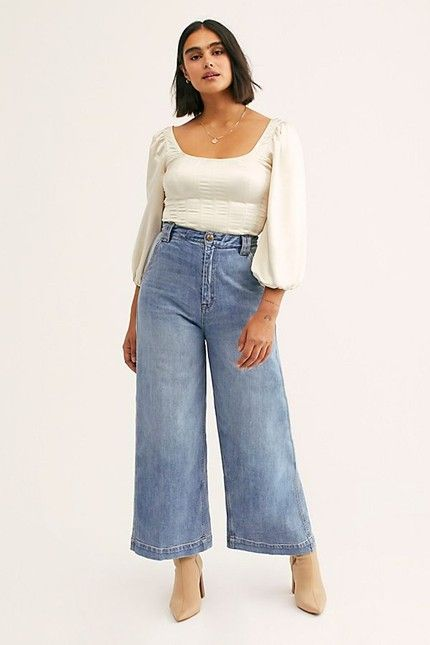 Outfits con jeans rectos para mujeres plus size