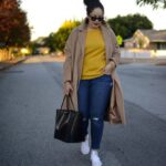 Outfits con jeans y tenis para mujeres plus size