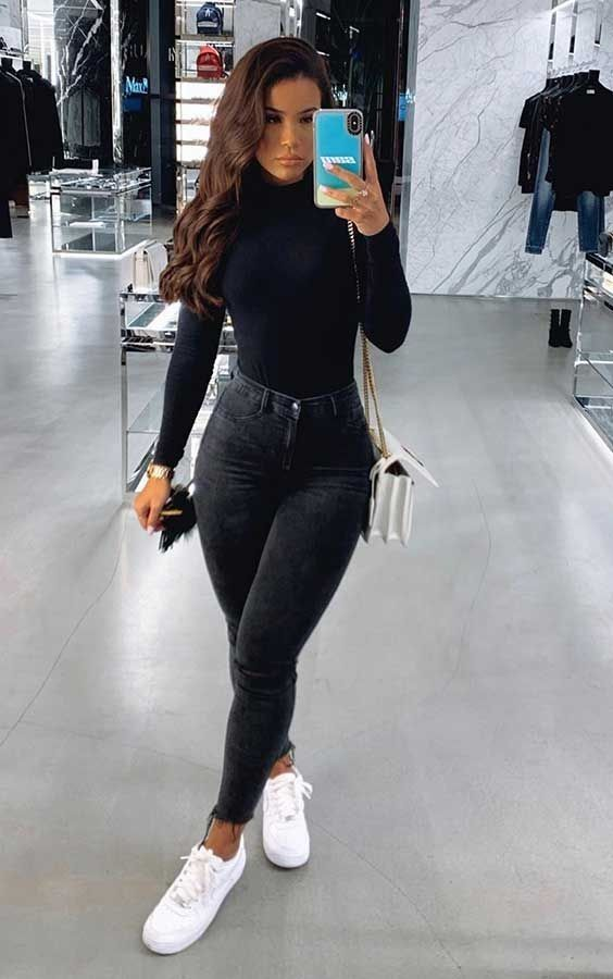Outfits con skinny jeans y tenis