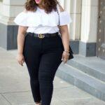 Outfits para el trabajo si eres una mujer con curvas