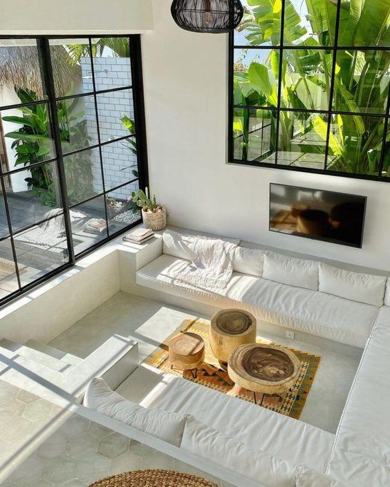 Salas con concepto abierto conectadas con el jardín