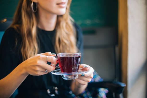 Toma una infusión de té verde antes de dormir
