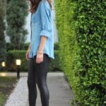 Usa leggins con stilettos