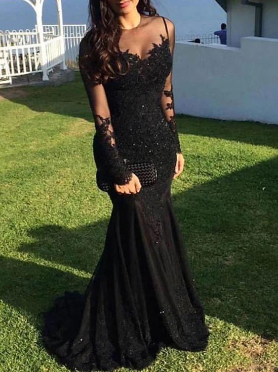Vestido negro de encaje para mujeres de 40