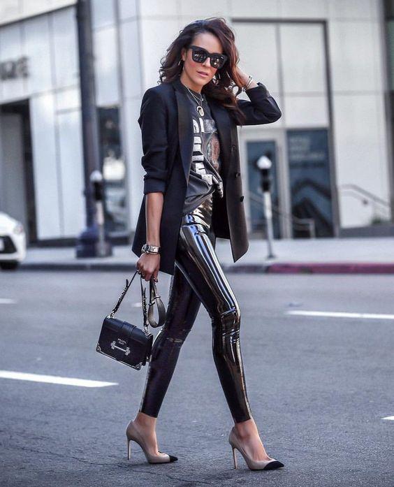 Como usar leggins negros para el trabajo