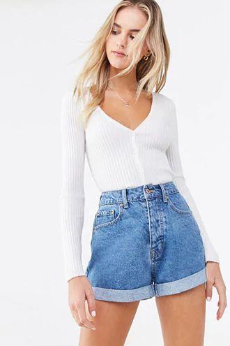 Ideas de outfits con shorts de tiro alto