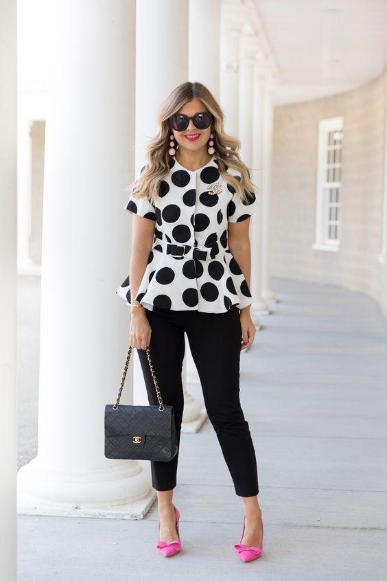 Looks con blusa estilo peplum