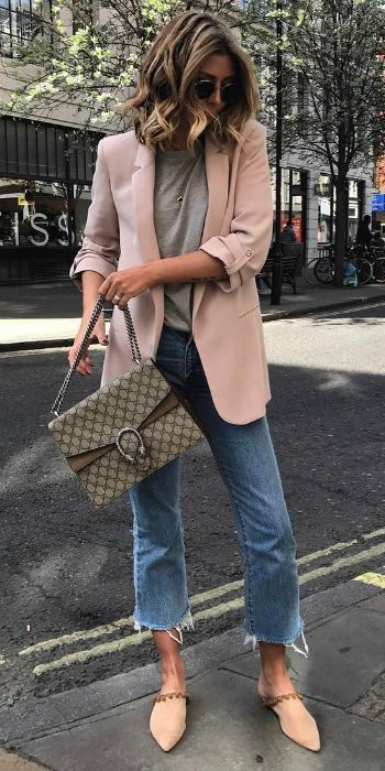 Outfits con blazer, jeans y flats