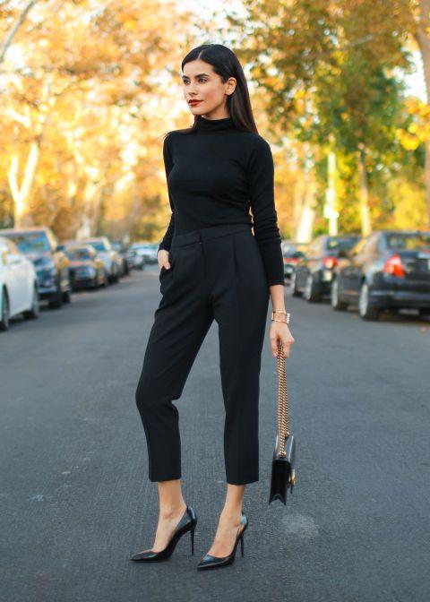 Outfits en negro para ir a trabajar