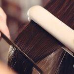 Usa la tenaza del cabello