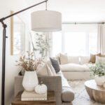 Iluminación para salas con lamparas de pie