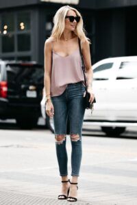 Jeans con tacones