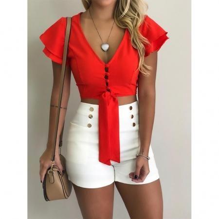 Opta por outfits coloridos