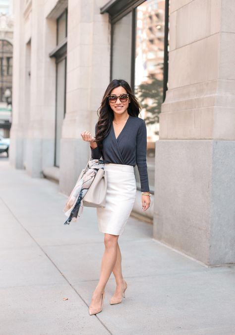 Outfits con faldas corte lápiz para el trabajo