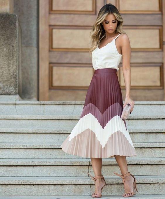Outfits con faldas plisadas