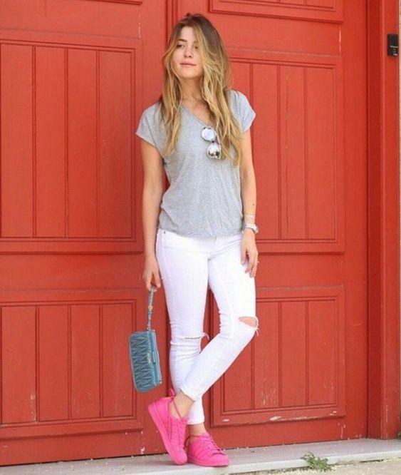 Outfits con tenis rosa neón