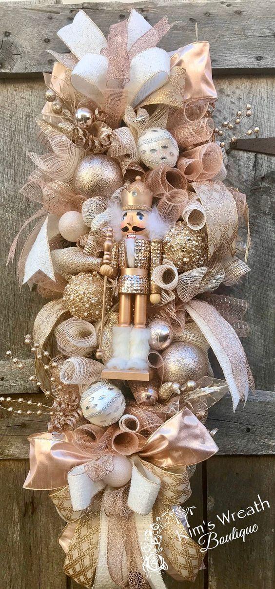 Diseños de adornos navideños alargados para la puerta