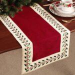 Opciones de caminos de mesa para navidad con piñas secas