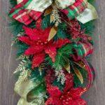 Colgantes navideños tradicionales en forma de lagrima