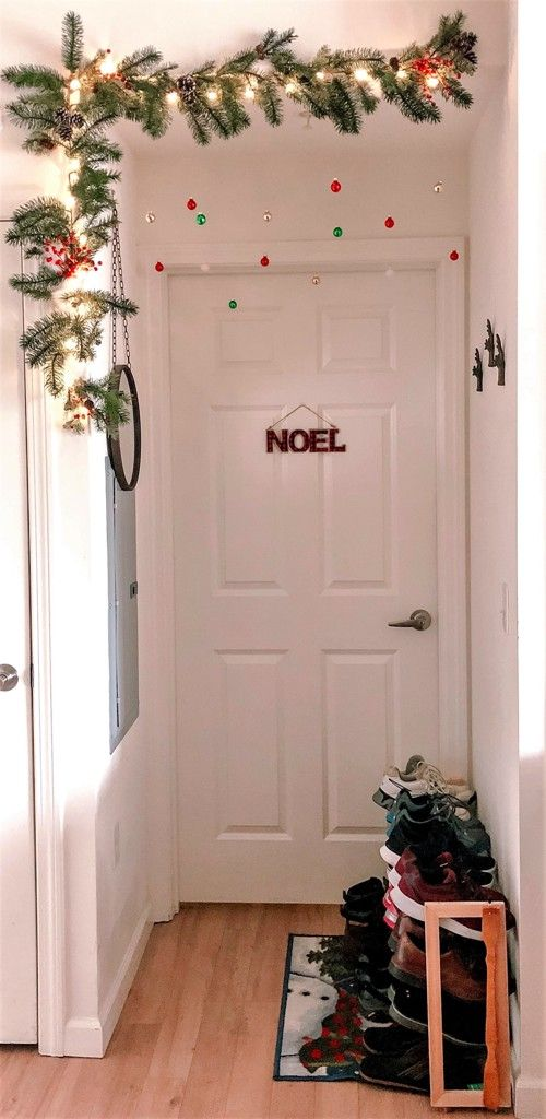 Como decorar la entrada de una casa de Infonavit en Navidad