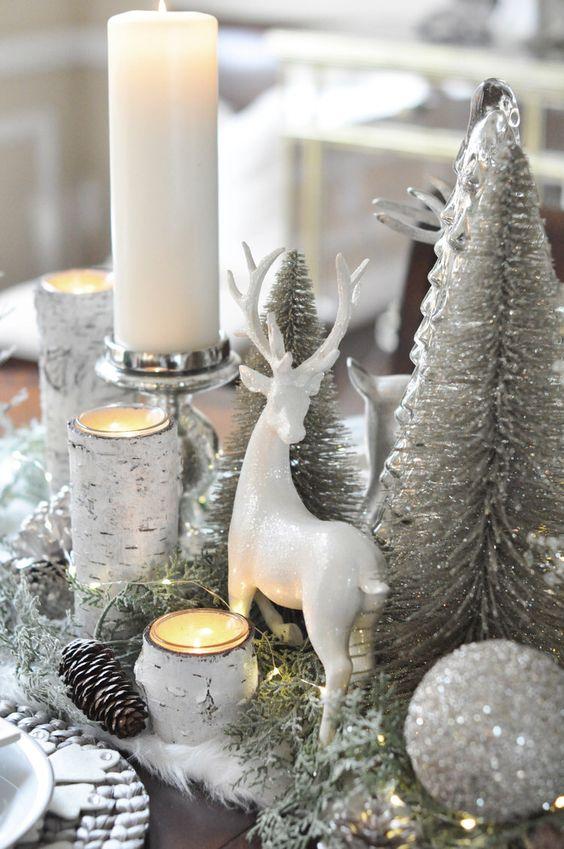 Adornos navideños plateados