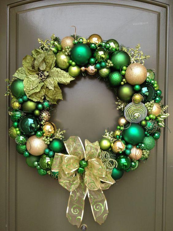 Coronas navideñas color verde