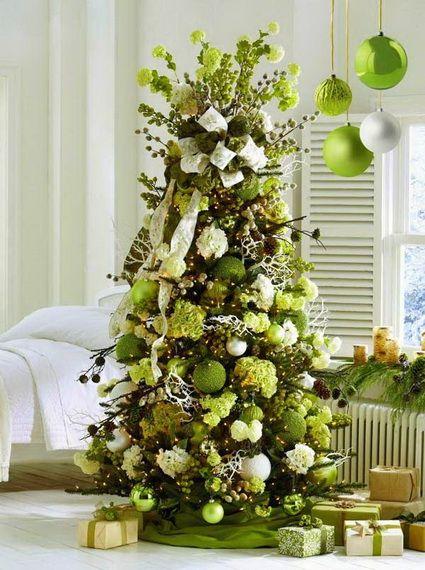 Árboles de navidad en color verde