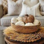 Artesanías con piñas para la decoración otoñal de tu sala