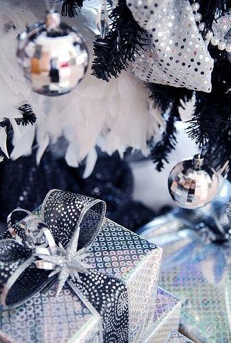 Envolturas navideñas plateadas