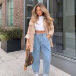 Ideas de outfits con mom jeans