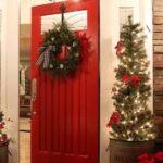 Cómo decorar la puerta de tu casa en Navidad