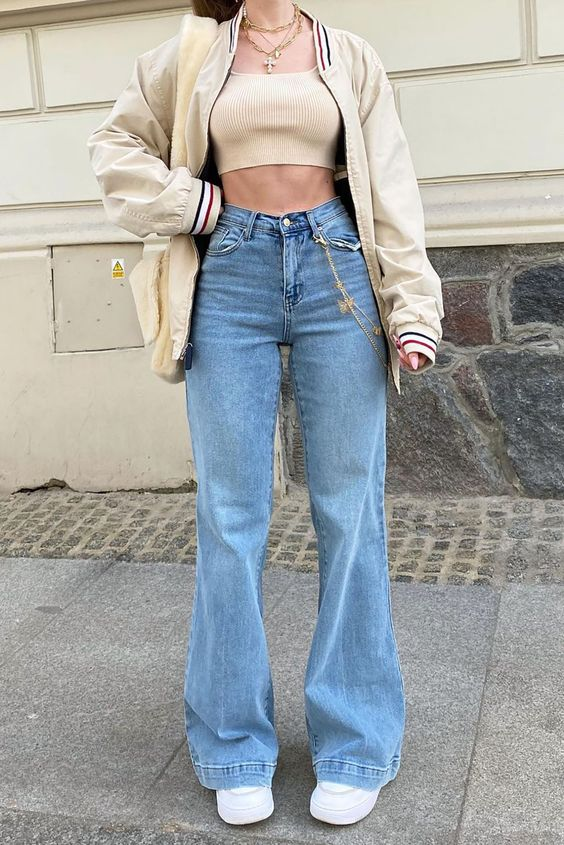 Outfits con jeans rectos