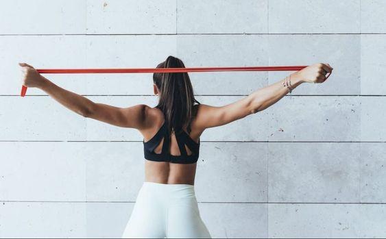 Plan de entrenamiento de 7 días para tonificar espalda y pecho