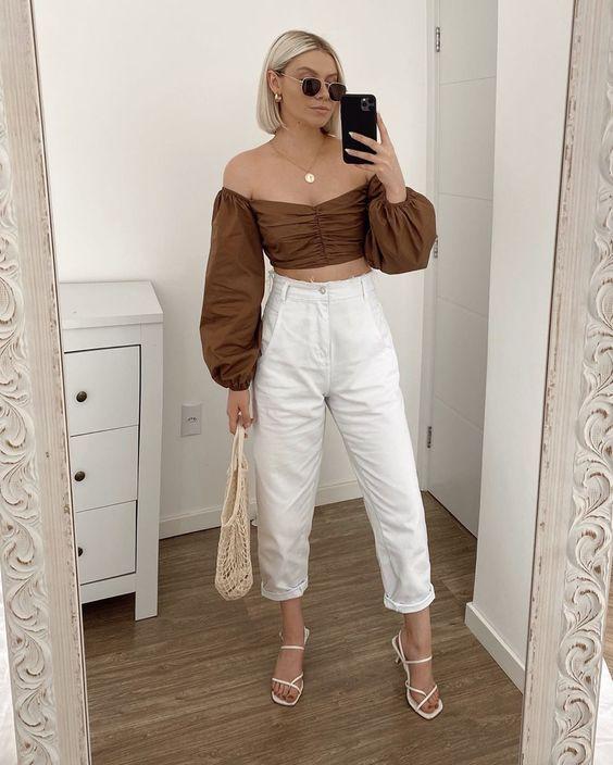 Ideas de outfits con pantalones blancos y zapatillas