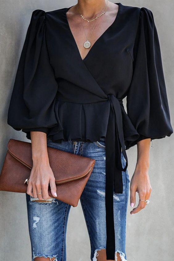 Camisas y blusas en colores oscuros