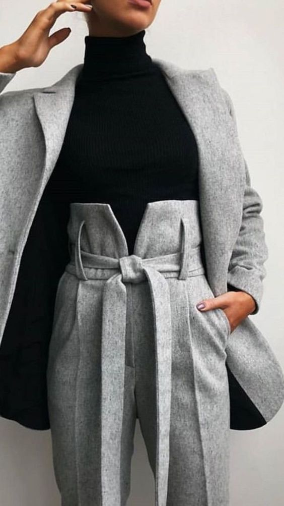 Looks con abrigos largos en color gris