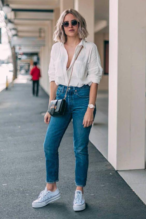 Como combinar jeans con camisas si eres una mujer madura