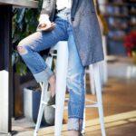 Outfits con jeans básicos y lisos para otoño - invierno