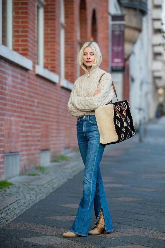 Ideas de outfits con jeans acampanados otoño - invierno