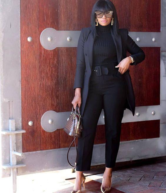 Looks negros y básicos