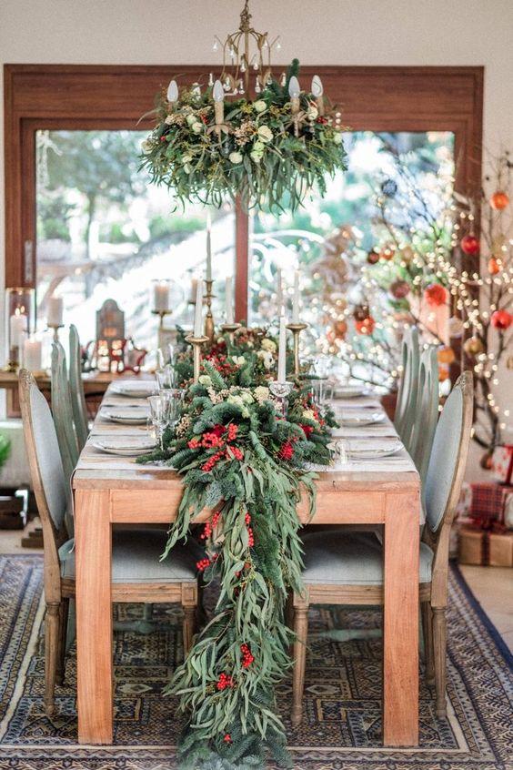 Comedor para la cena de navidad en dorado