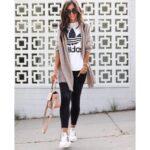 Outfits con leggins negros y blusa larga para el trabajo