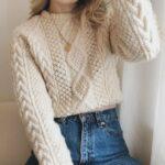 Suéteres tejidos para la temporada de frío