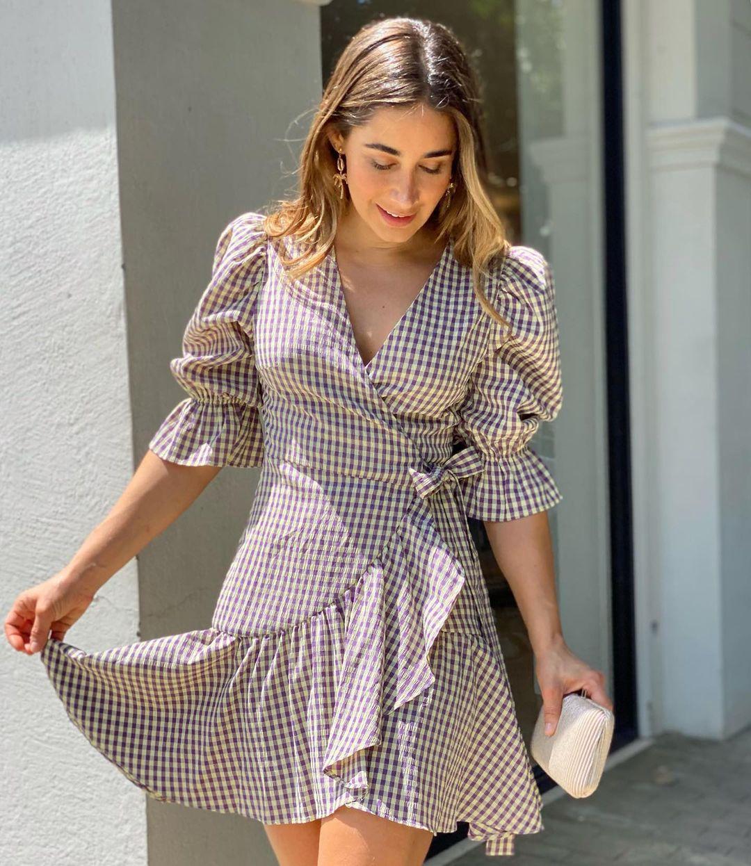 Vestidos con mangas englobadas para mujeres de 35 años o mas