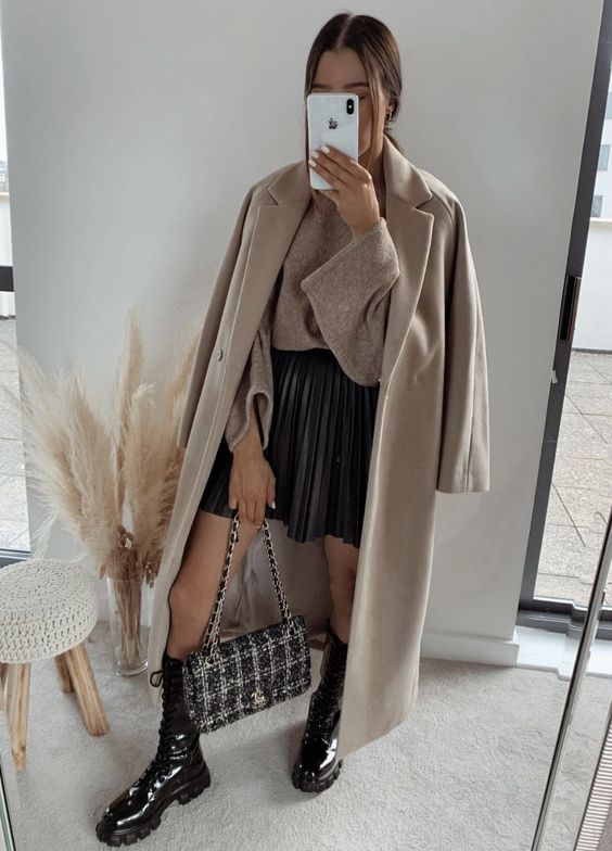 Looks con abrigos en color nude
