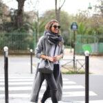 Complementa tus looks con abrigos en color gris