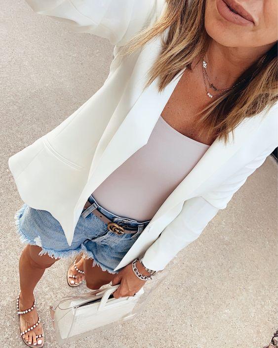 Looks con shorts y cinto Gucci