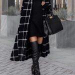 Combina vestidos sweater con abrigos largos