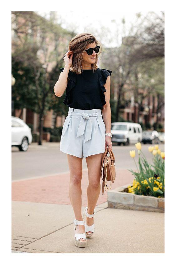 Define tu cintura con shorts estilo paperbag